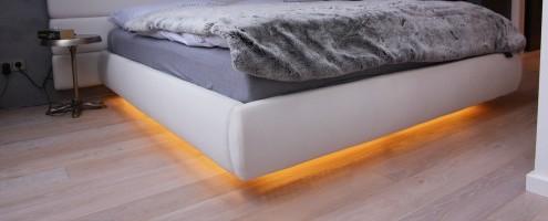 postel podvícení